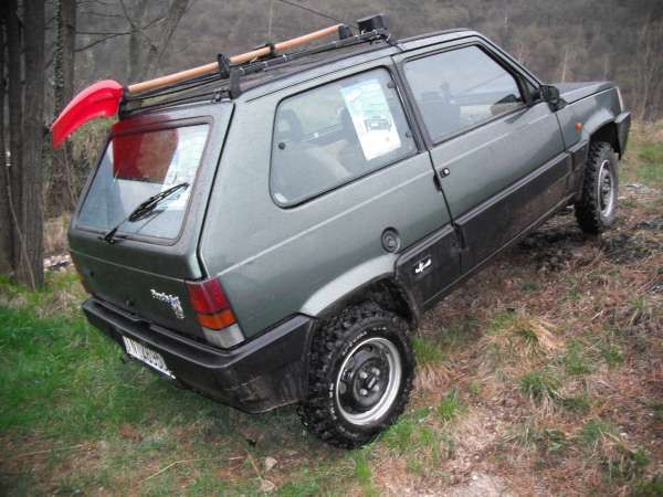 1000 images about love fiat panda on pinterest cars for Panda 4x4 sisley off road