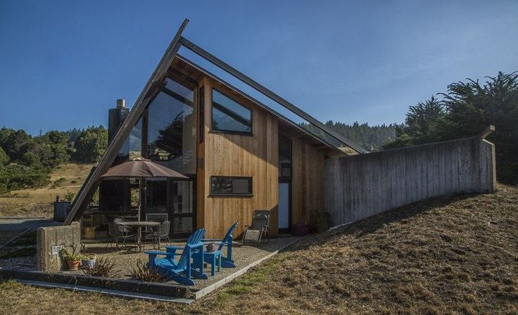 Sea Ranch house rental - There is nothing timid about this beautiful vacation home.