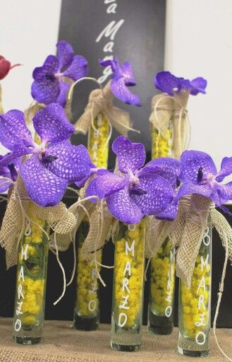 8 marzo  mimosa e orchidea  vanda