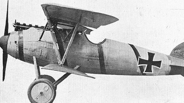 the role of airplanes in world war one Role of airplanes in world war ii words: 1985  english tried to make their royal air force the best one, japanese wanted to make their airplanes lighter and.