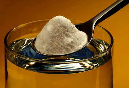 Bicarbonate de soude contre le mildiou ou l'oïdium