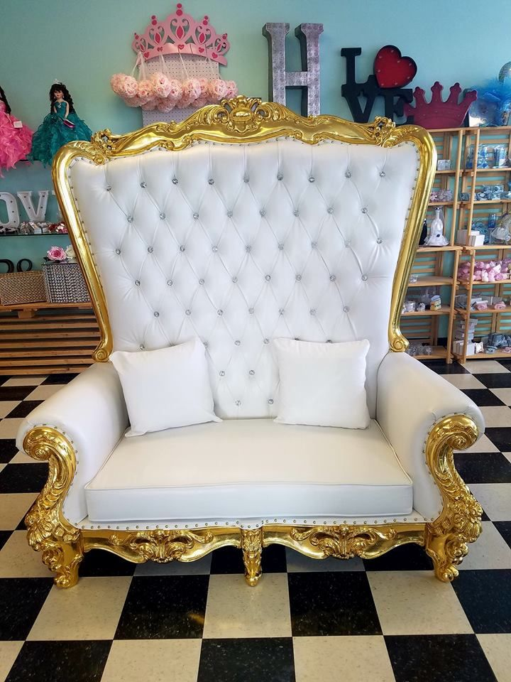 Sensational King And Queen Thrones And Loveseats In 2019 Love Seat Dailytribune Chair Design For Home Dailytribuneorg
