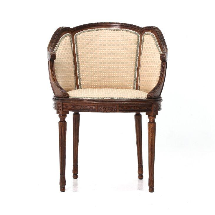 フランスアンティークのとてもエレガントなチェア  商品ID32347A 商品名アンティーク フレンチチェア 輸入国フランス 年代1920 材質ビーチ材 サイズ横幅:605 奥行:535 高さ:830mm(座面まで480) 重さ:6kg 業販価格¥45,800 (¥49,464 税込)  #チェア #サロンチェア #サイドチェア #椅子 #インテリア #interior #アンティーク #antique #アンティーク家具 #antiquefurniture #アンティーク家具屋 #アンティーク家具販売 #イギリスアンティーク #イギリスアンティーク家具 #イギリスアンティークマーケット #英国アンティーク #英国アンティーク家具 #フランスアンティーク #フランスアンティーク家具 #フランスアンティーク雑貨  http://www.antique-flandre.com/products/detail10070.html