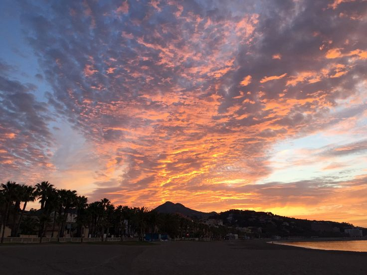 Sonnenaufgang am Meer, Malaga, Spain