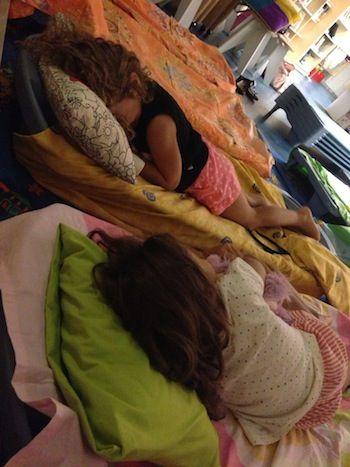 Blog - Μια νύχτα στη βιβλιοθήκη! -παιδί και βιβλίο-