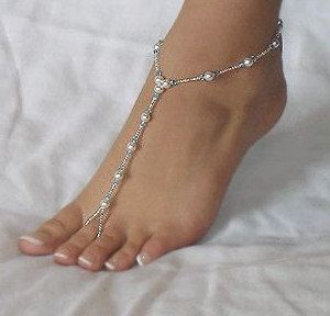 1 pair pearl glass bead barefoot sandals.  white beads and vibrant seed beads, bridal sandals, wedding sandals, beach sandal, slave anklet