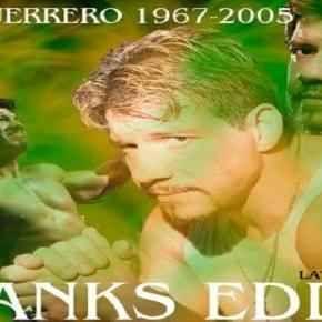 Eddie Guerrero, undici anni dopo la sua morte noi lo ricordiamo così! Viva la Raza Il ricordo di Eddie Guerrero continua ad essere vivo nelle menti e nel cuore di chi lo ha idolatrato per anni, nel cuori di chi ha versato fiumi di lacrime quel 13 novembre 2005. Noi abbiamo voluto r #wrestling #wwe #eddieguerrero
