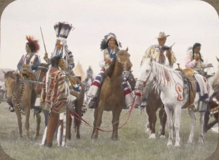 Pin by Fraser Pakes on Blackfoot men with horses | Pinterest