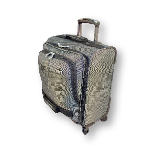 """Водонепроницаемый чемодан на двух колесах Asiapard 9041 (17"""") с встроенным кодовым замком. Маленький чемодан, чаше всего применяется для поездок на небольшой срок, для тех у кого скромные потребности в гардеробе или любителей путешествовать налегке. #travel #luggage  #Laptop"""