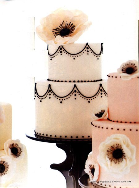 pink but not too pink: Idea, Weddingcakes, Black And White, Pale Pink, Black White, Vintage Cakes, Wedding Cakes, Cakes Design, White Cakes