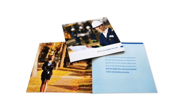 PRINT DESIGN + PHOTO ART DIRECTION > BROCHURE | Graphic Design by Kelly Skinner of Friday Design + Photography.