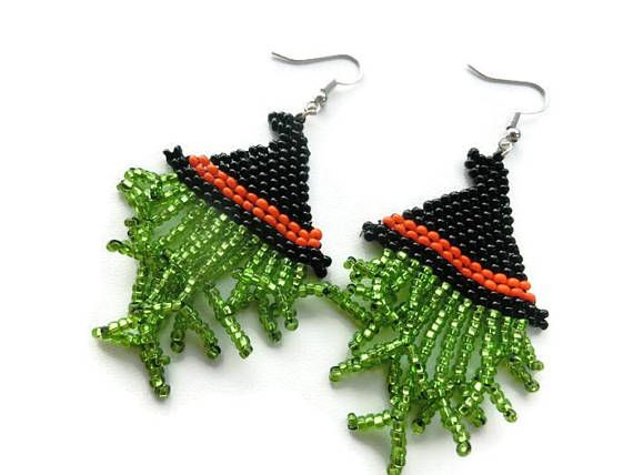 Scary witch hat earrings. Hand beaded and perfect for Halloween.  #Halloweenearrings #witchhat #witchhatearrings #halloween  Purhcase at lostkichwaj.etsy.com