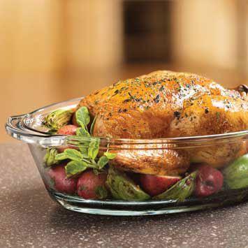 De lekkerste gebraden kip uit de oven! #kip #ui #tijm #oven #recept