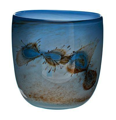 Benny Motzfeldt Åsen 1909 - Oslo 1996 Vase, Eget verksted. 1989. Lys blått og bruntonet glass med innlagte metalltråder. Signert: BM 89. HØYDE 18,00 CM DIAMETER 17,00 CM