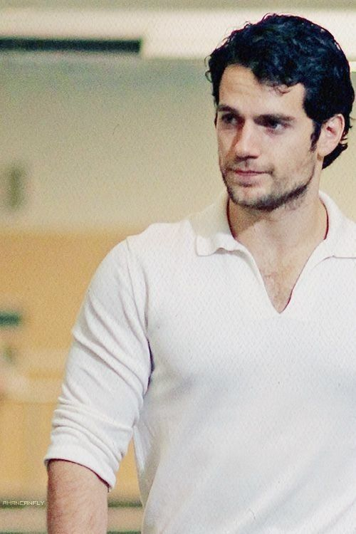 Henry Cavill [Man Of Steel] ....oh, the people i wish i could marry