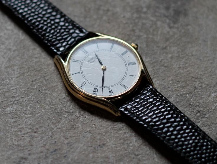 Vintage mid size Seiko Dress Watch Black Leather Strap Roman Numerals Thin minimal.
