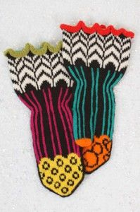 Wow, jaunty is right--these are very fun mittens!  Jaunty mitten pattern in black
