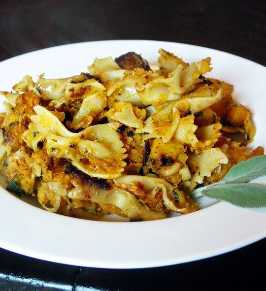 Recipe: Pasta with Butternut Squash, Sage, and Pine Nuts ***Made this ...