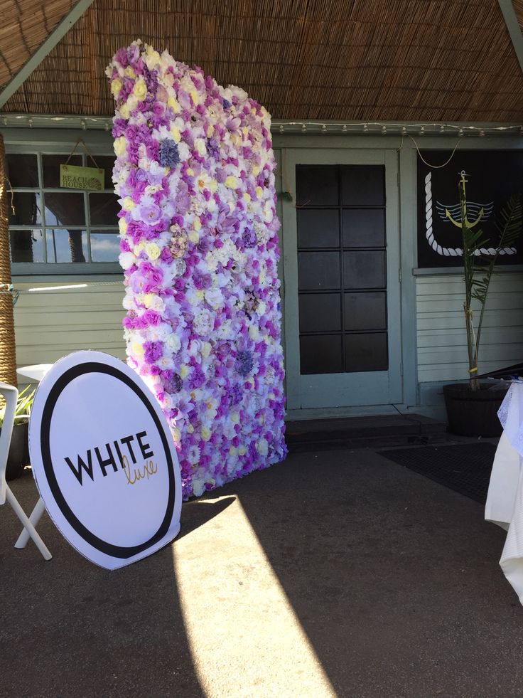 LUSCIOUS LILAC  #whiteluxe #flowerwall