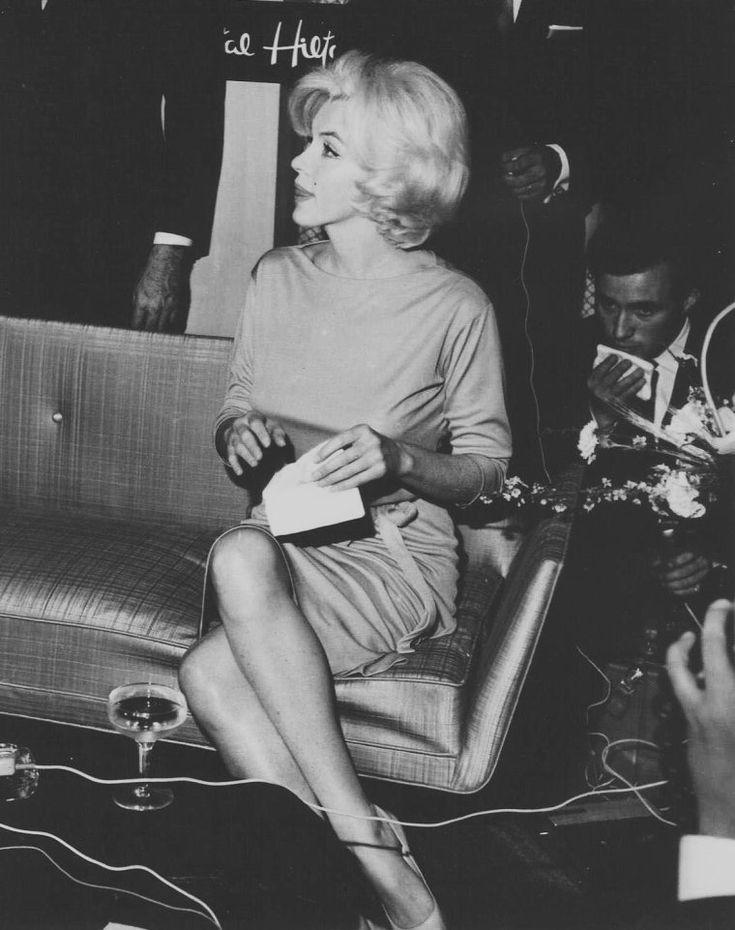 "Unique Pictures of Marilyn Monroe | ... Marilyn-MONROE taggés ""Continental HILTON Hotel"" - Wonderful-Marilyn"