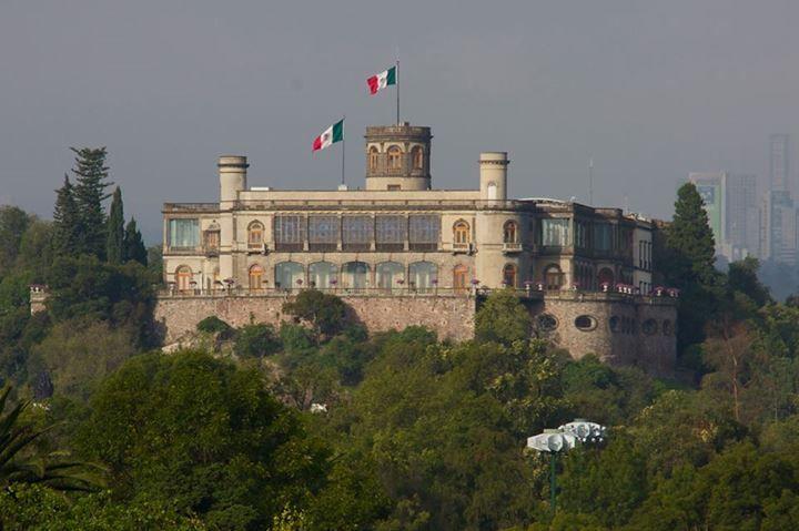 Felicidades al Museo Nacional de Historia ubicado en el Castillo de Chapultepec por su 69 años de preservar y difundir el pasado de México