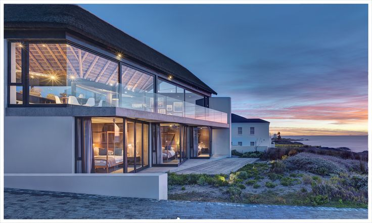 Silverbay Villa, Shelley Point, Cape Town by SAOTA