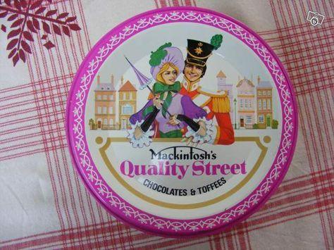 """La boîte de bonbons """"Quality street""""."""