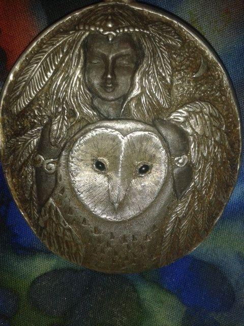 Totem-shield-pendant-owl-godess-sterling
