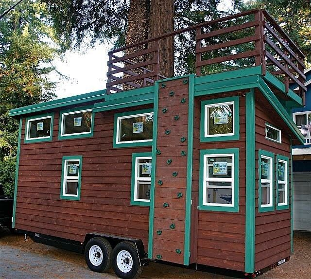 Climb to roof deck tiny homes pinterest roof deck for Tiny house search