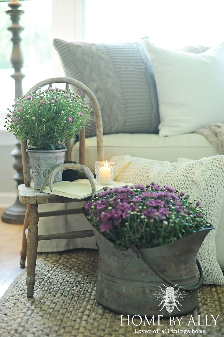 Farmhouse Fall Home Tour!   Home by Ally-Chunky wool or cotton rug