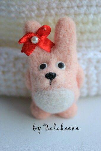Розовый заяц.pink.