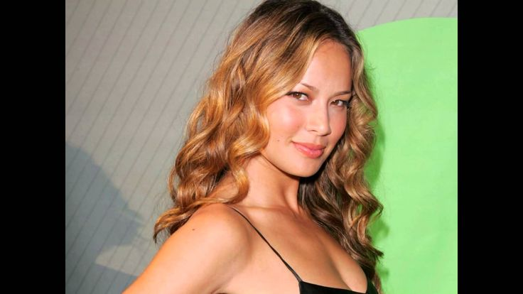 Moon Bloodgood Terminator Salvation Actress Wallpapers HD