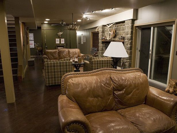 Man Cave Ideas For The Outdoorsman : Comfy chairs and couches great color scheme really