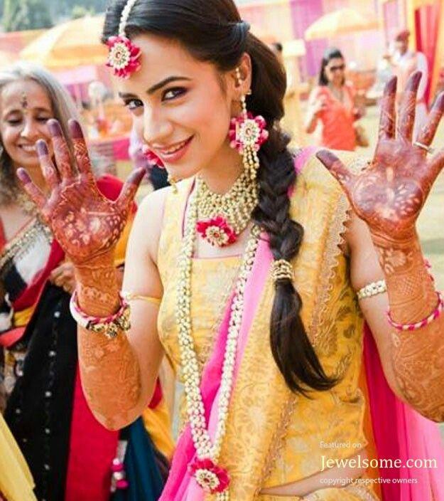 Mehndi Fresh Flowers : Fresh flower jewellery for mehndi london thin