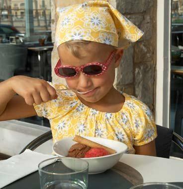 Meandi kevätmallisto 2008 :::: Kaakelimekko, 74/80-86/92, 28-32 € :::: Kaakelihuivi (myös vaaleanpunainen), 9 €