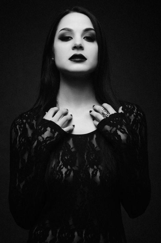 Gothic Fashion / Woman / Black Dress / Lace / Dark Photography / Gothique Girl // ♥ More at: https://www.pinterest.com/lDarkWonderland/