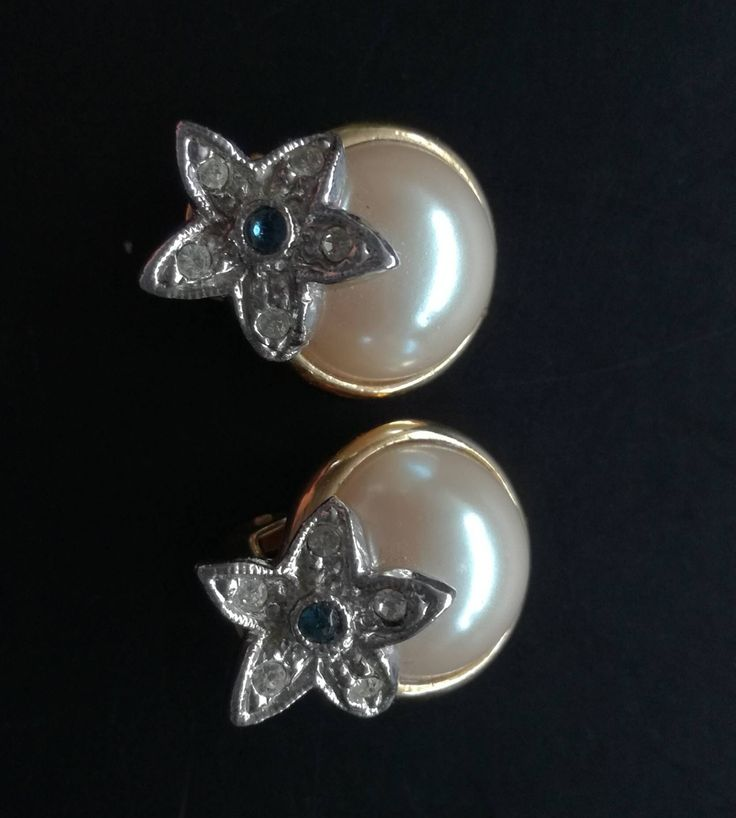Just added to my #etsy shop: Elegant vintage earrings, glamour clip on earrings #jewelry #earrings #fakepearl http://etsy.me/2FMC0u5