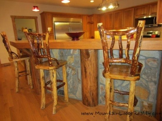 Wildlife Manor Classic Mountain Cedar Wood And Stone Work Provides  Additional Dining At The Kitchen Bar