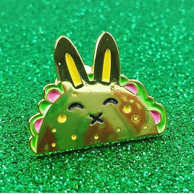 ***Edit*** Happy Taco Tuesday 🌮🐰 there is only 2 of these cuties left, I won't be making them again - shop link in profile 😍 .  .  .  .  #pin #pins #pingame #pinstagram #pincommunity #enamelpin #fashion #pinsofig #pinlife #wearableart #lapelpin #pingamestrong #design #pingang #pinoftheday #pincollector #corazonpompom #flairofig #nottingham #pingameonpoint #shopsmall #mexico #taco #tacotuesday #bunny #rabbit #foodie #streetfood