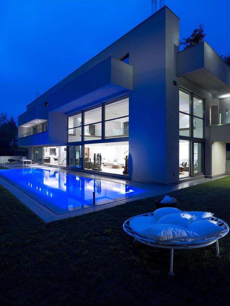 SINGLE FAMILY HOUSE by Nikos Koukourakis and Associates Vangelis Paterakis