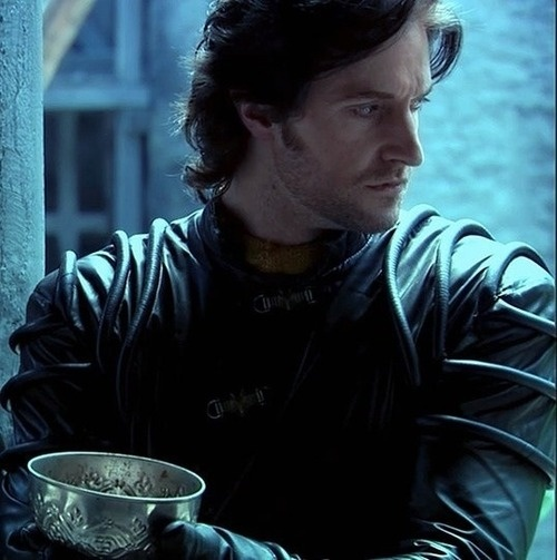 Richard Armitage as Sir Guy in BBC's 'Robin Hood'