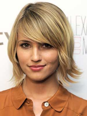 Google Image Result for http://www.realbeauty.com/cm/realbeauty/images/V2/rby-dianna-agron-madewell-alexa-chung-launch-2011-mdn-64228817.jpg: Bobs Haircuts, Bobs Hairstyles, Hair Cut, Dianna Agron, Shorts Bobs, Diannaagron, Hair Style, Bangs, Shorts Hairstyles
