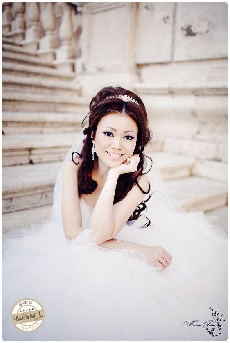 This gorgeous ballerina bridal gown is by Leng Lagenda, ph Maison Pestea http://www.brideinitaly.com/2012/12/peggy-prewedding.html #italianstyle #wedding