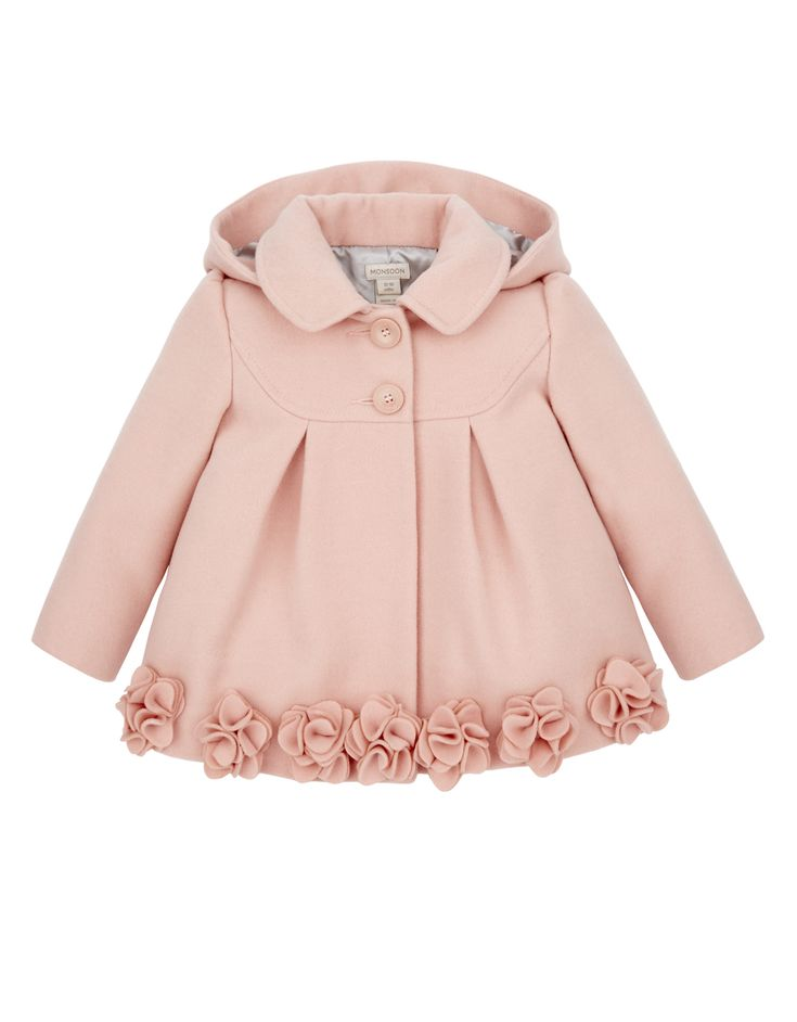 Perfectly pretty, our Evie pink coat for baby girls is adorned with 3D rosettes…
