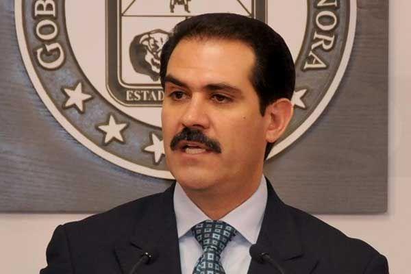 Guillermo Padrés queda recluido
