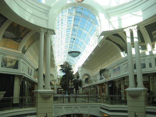 Africa is NOT all poverty and wild frontier:  i bought BEAUTIFUL pearls here: Canal Walk Mall in Cape Town, South Africa. One of the largest malls in the Southern Hemisphere and one of South Africa's mega malls.