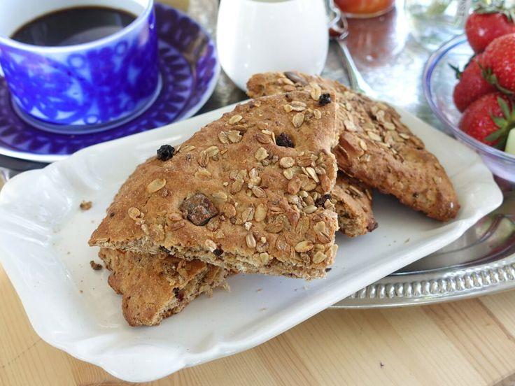 Ernsts scones med enkorn och fruktmüsli | Recept från Köket.se