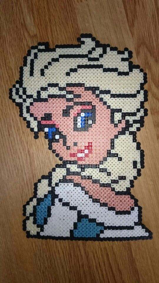 Queen Elsa - Frozen hama perler beads