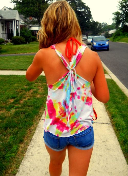 I want to do this to my next tie-dye shirt!