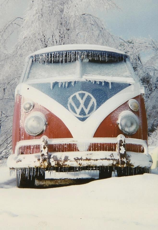 en tenue d' hiver !                                                       …                                                                                                                                                                                 Plus